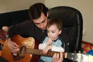 guitar with dada_15
