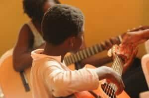 guitar-435094_1280