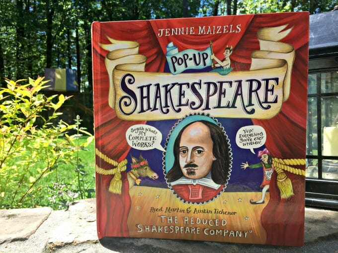 'Pop-Up Shakespeare' Is A Fun and Memorable Introduction to Shakespeare | My Little Poppies